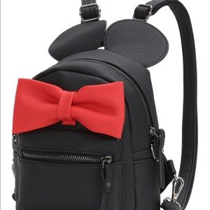 Other - Minnie oversized bow mini backpack girl